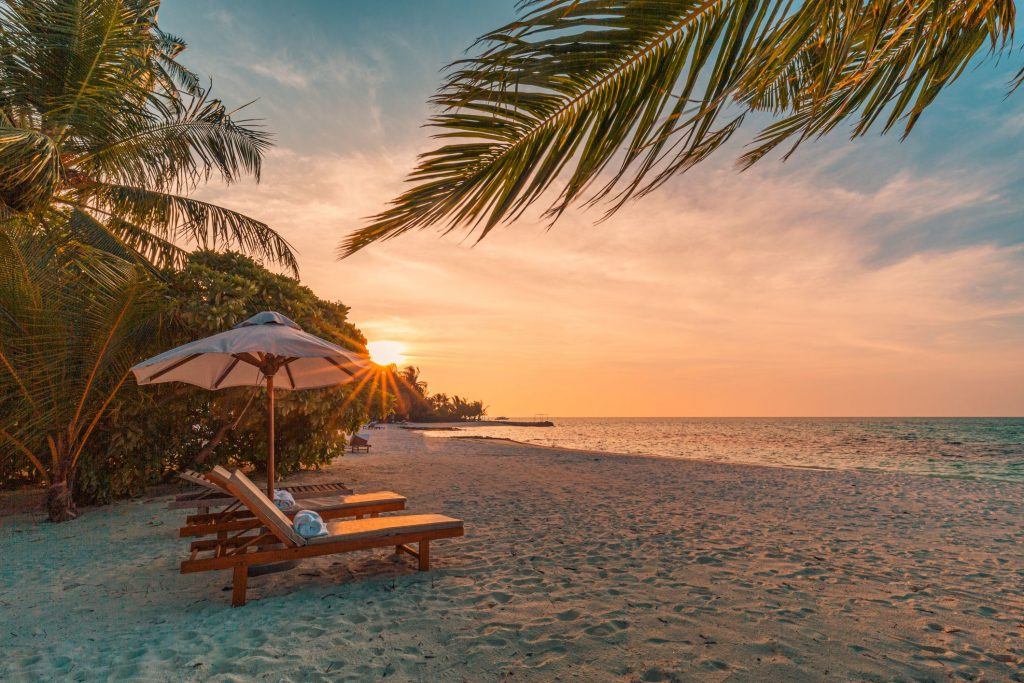 vacation 1 1024x683 - Annual leave and holiday entitlements as a statutory benefit to employees